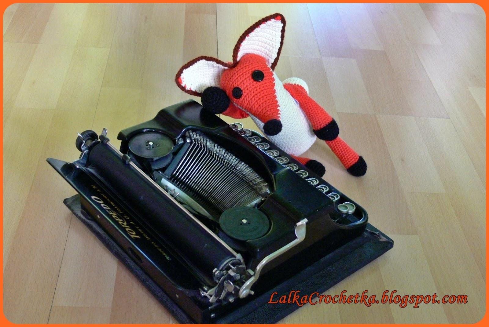 http://lalkacrochetka.blogspot.com/2015/12/fox-little-prince-lis-may-ksiaze.html