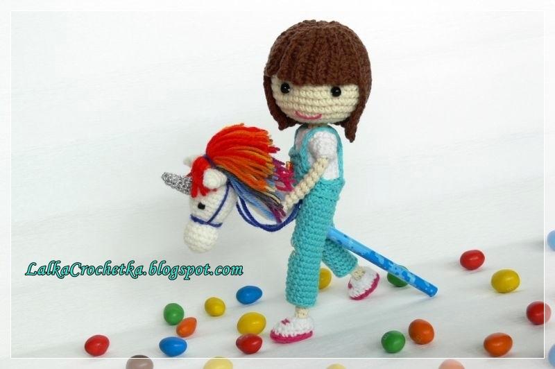 http://lalkacrochetka.blogspot.com/2016/04/matilda-doll-and-unicorn-lalka-matylda.html