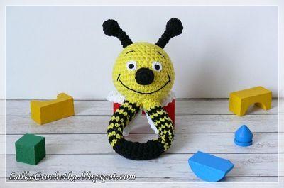 http://lalkacrochetka.blogspot.com/2017/01/baby-converse-and-rattle-bee-dzieciece.html