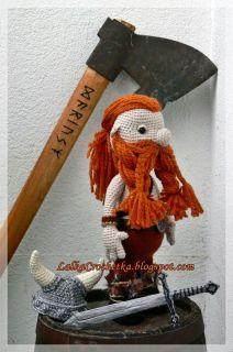 Lalka Crochetka: Wiking przytulanka