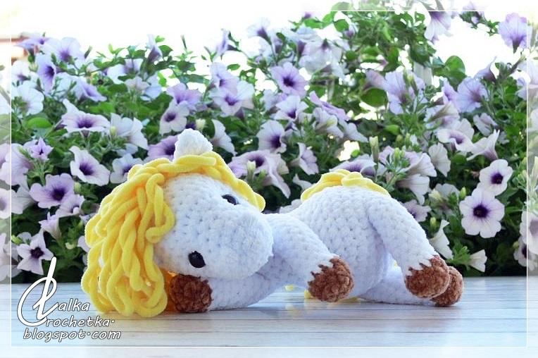 http://lalkacrochetka.blogspot.com/2018/08/sunny-cuddly-horse-soneczny-konik.html