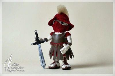 http://lalkacrochetka.blogspot.com/2019/02/atlantis-gladiator-doll-lalka-gladiator.html