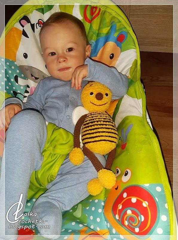 http://lalkacrochetka.blogspot.com/2019/04/cuddly-bee-pszczoka-przytulanka.html